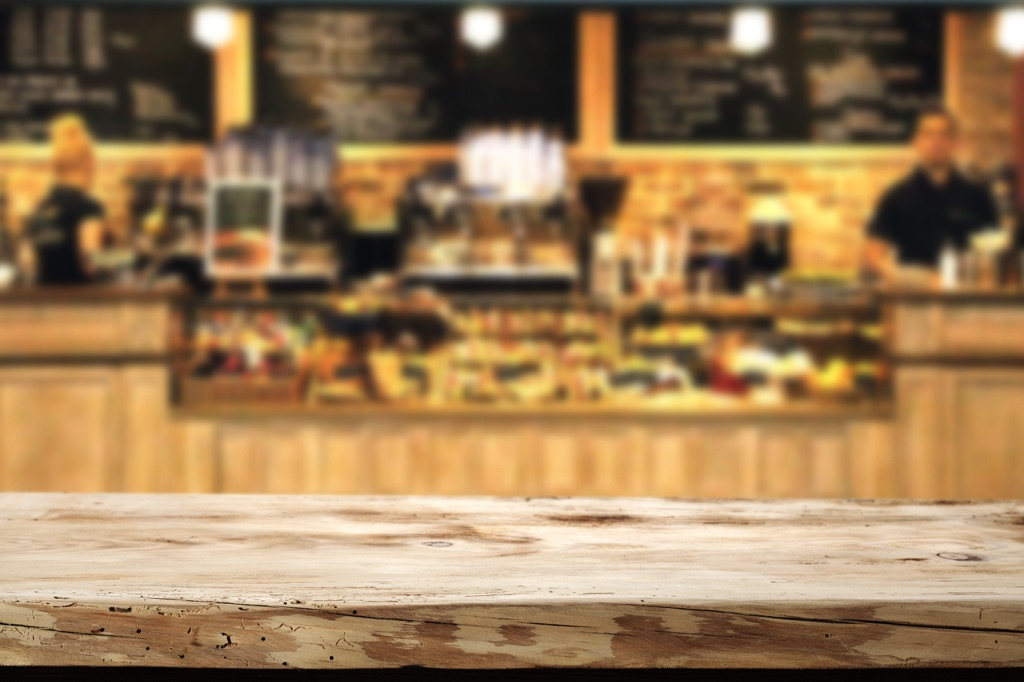 Interiores de un café